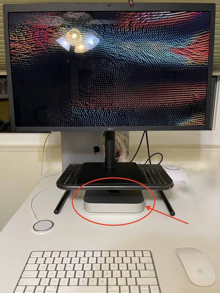 M1 Mac Mini connected to an LG 5K display